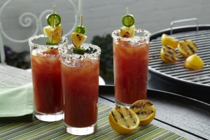Barbecued-Bloody-Mary_JOHNLEEPICTURES