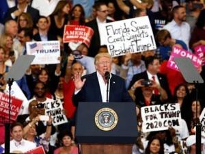 Trump_proeklogiki-omilia